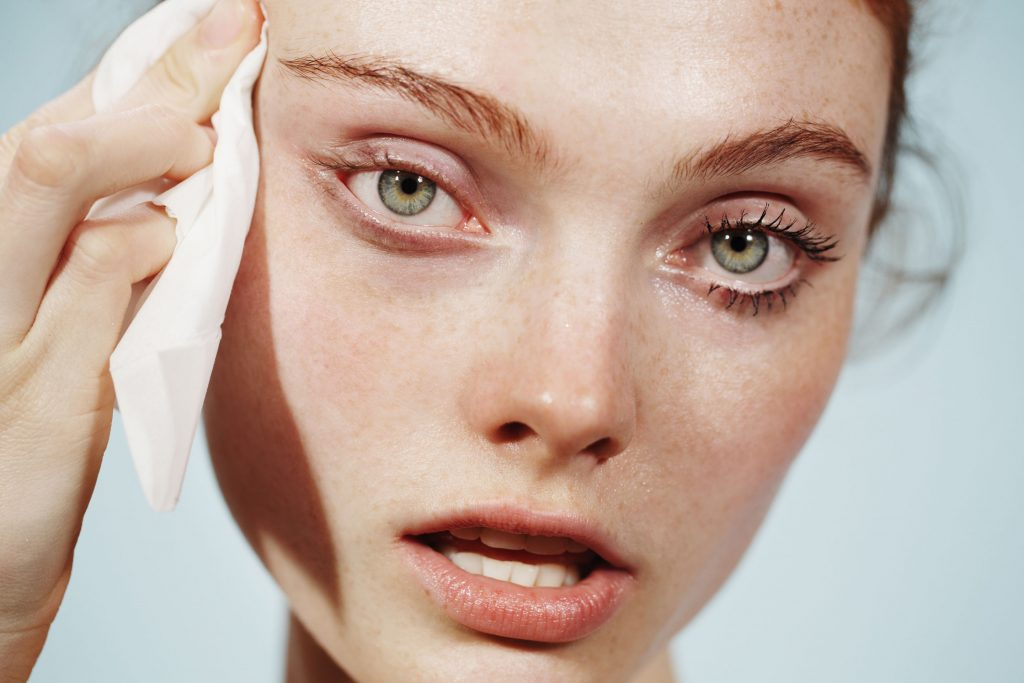 Glossier Milk Jelly Cleanser Model 1 - Glossier: Leading the beauty industry with the power of community and content marketing - The Content Spa