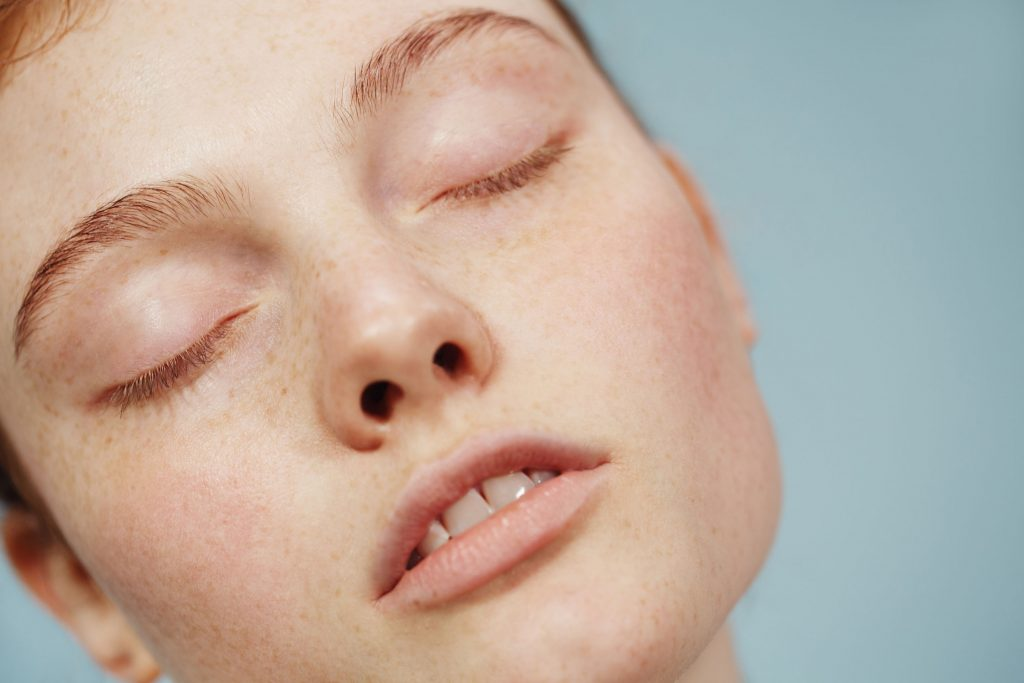 Glossier Milk Jelly Cleanser Model 3 - Glossier: Leading the beauty industry with the power of community and content marketing - The Content Spa
