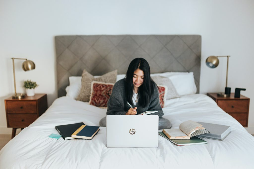 Working from home - Cosmetics and Personal Care Industry during and after COVID-19 - Content Spa